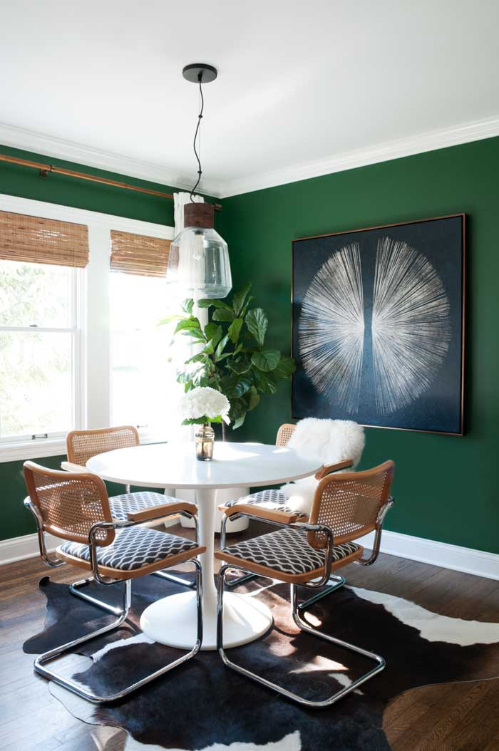 Bold-wall-colors.. 70+ Outdated Decorating Trends and Ideas Coming Back in 2021