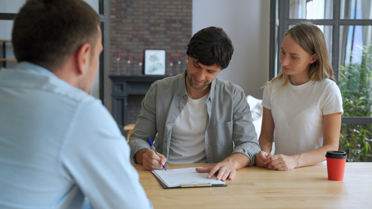 Engage-your-prospective-landlord. Luxury Apartments Near Me: 10 Tips to Find The Best Options