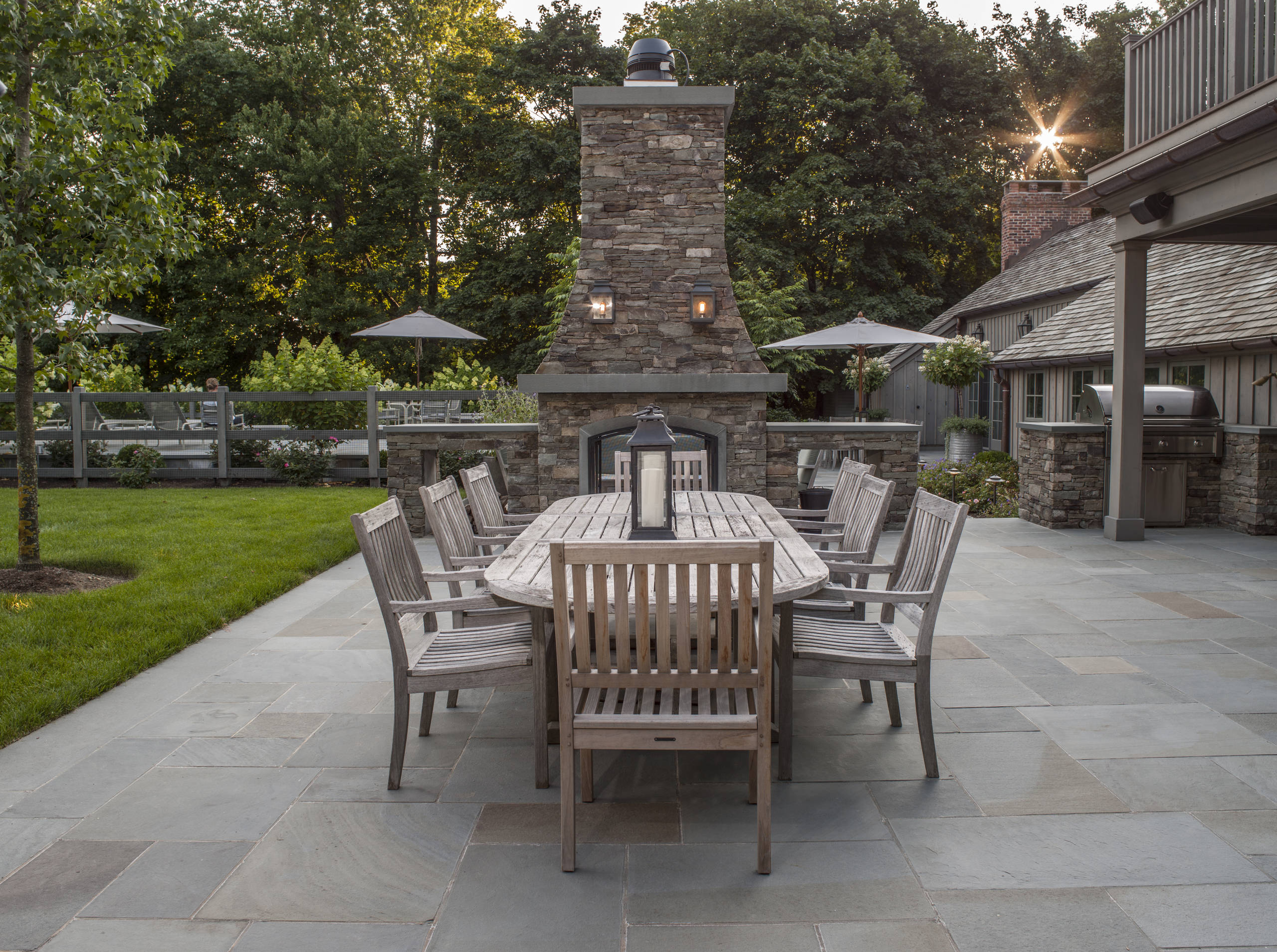 Eye-catching-paving.-2 100+ Surprising Garden Design Ideas You Should Not Miss in 2021