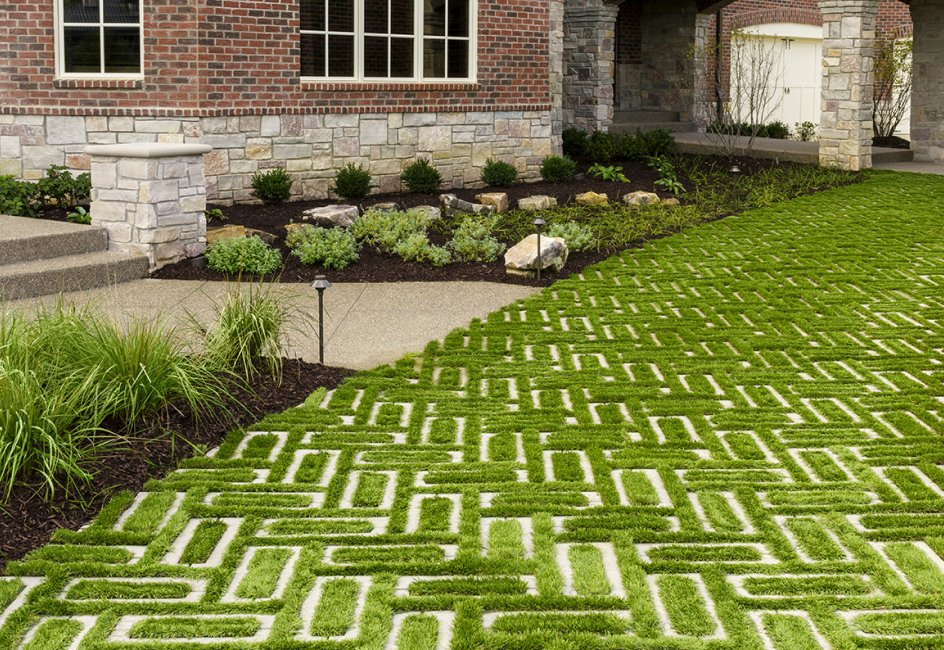 Eye-catching-paving.. 100+ Surprising Garden Design Ideas You Should Not Miss in 2021