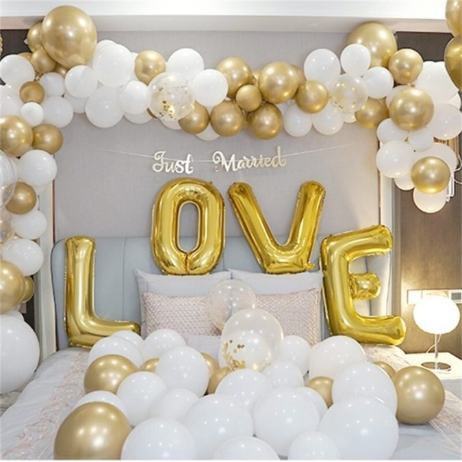 Gold-Balloon-Bouquet.-675x675 70+ Hottest Marriage Anniversary Decoration Ideas at Home