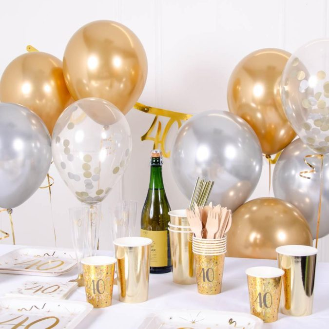 Gold-Balloon-Bouquet..-1-675x675 70+ Hottest Marriage Anniversary Decoration Ideas at Home