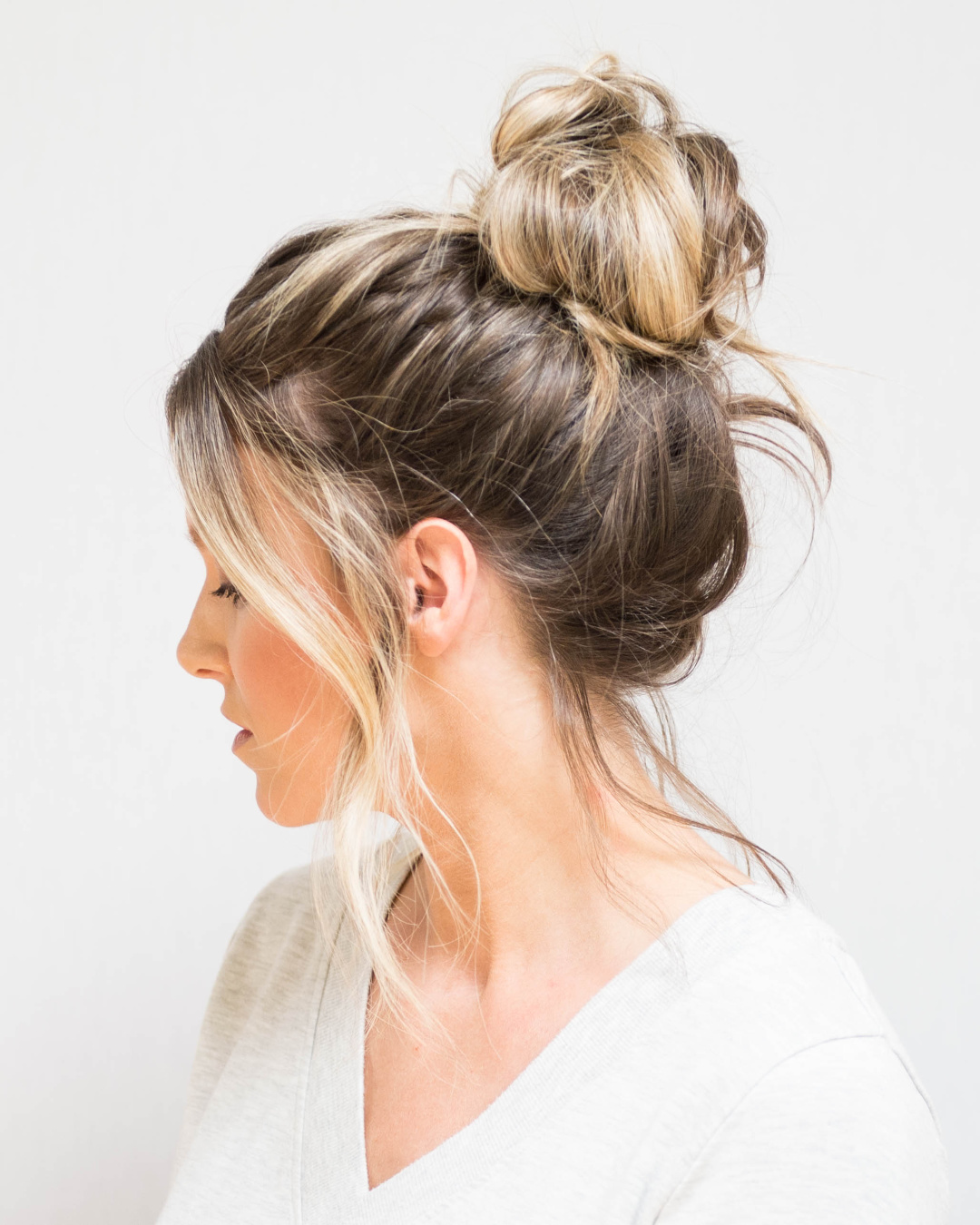 Lazy-bun-3 70+ Outdated Hairstyle Ideas Coming Back in 2021
