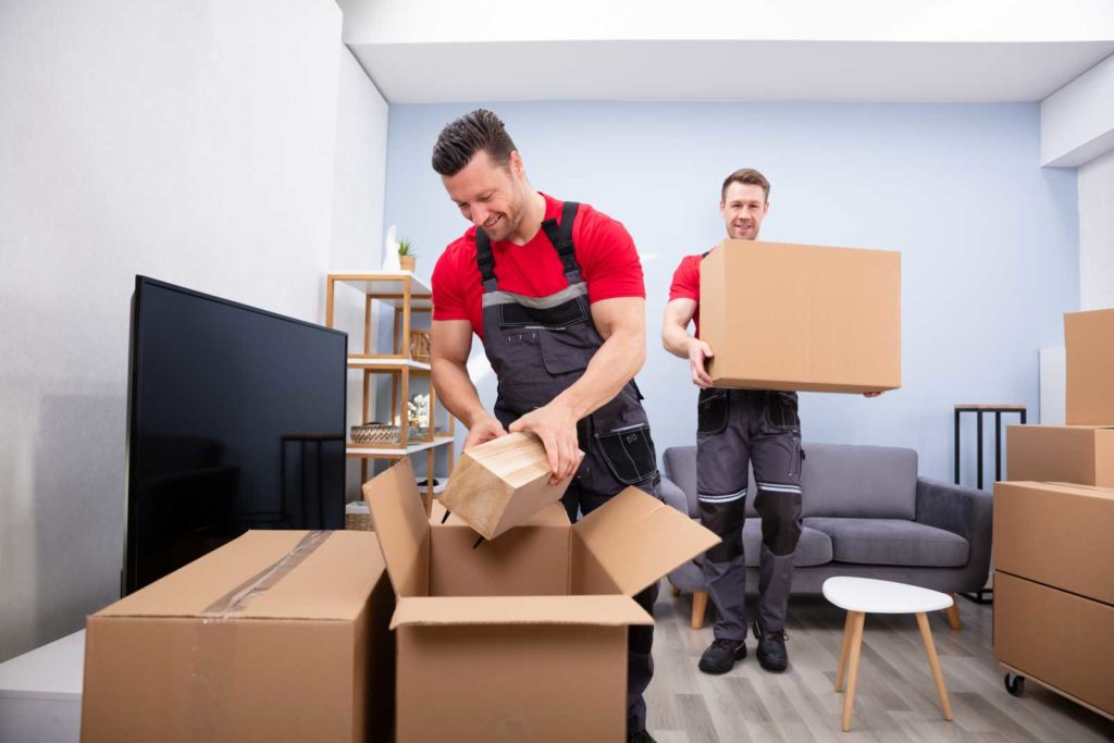 Moving-APT-1 Top 15 Rated Long-Distance Moving Companies in the USA