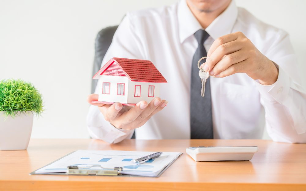 Seasonality-in-Apartment-Renting.-1 Luxury Apartments Near Me: 10 Tips to Find The Best Options