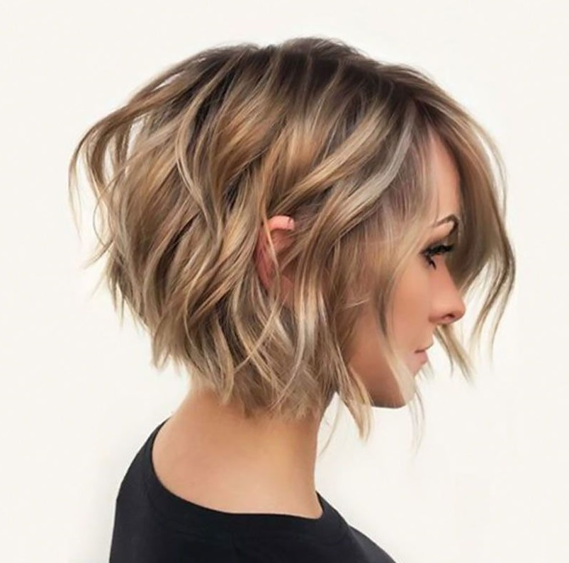 Shaggy-haircut. 70+ Outdated Hairstyle Ideas Coming Back in 2021
