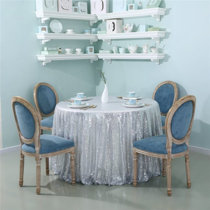 Silver-Glitter-party-table-1-675x675 70+ Hottest Marriage Anniversary Decoration Ideas at Home
