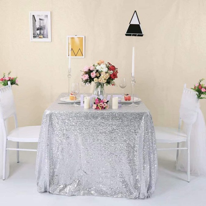 Silver-Glitter-party-table..-675x675 70+ Hottest Marriage Anniversary Decoration Ideas at Home