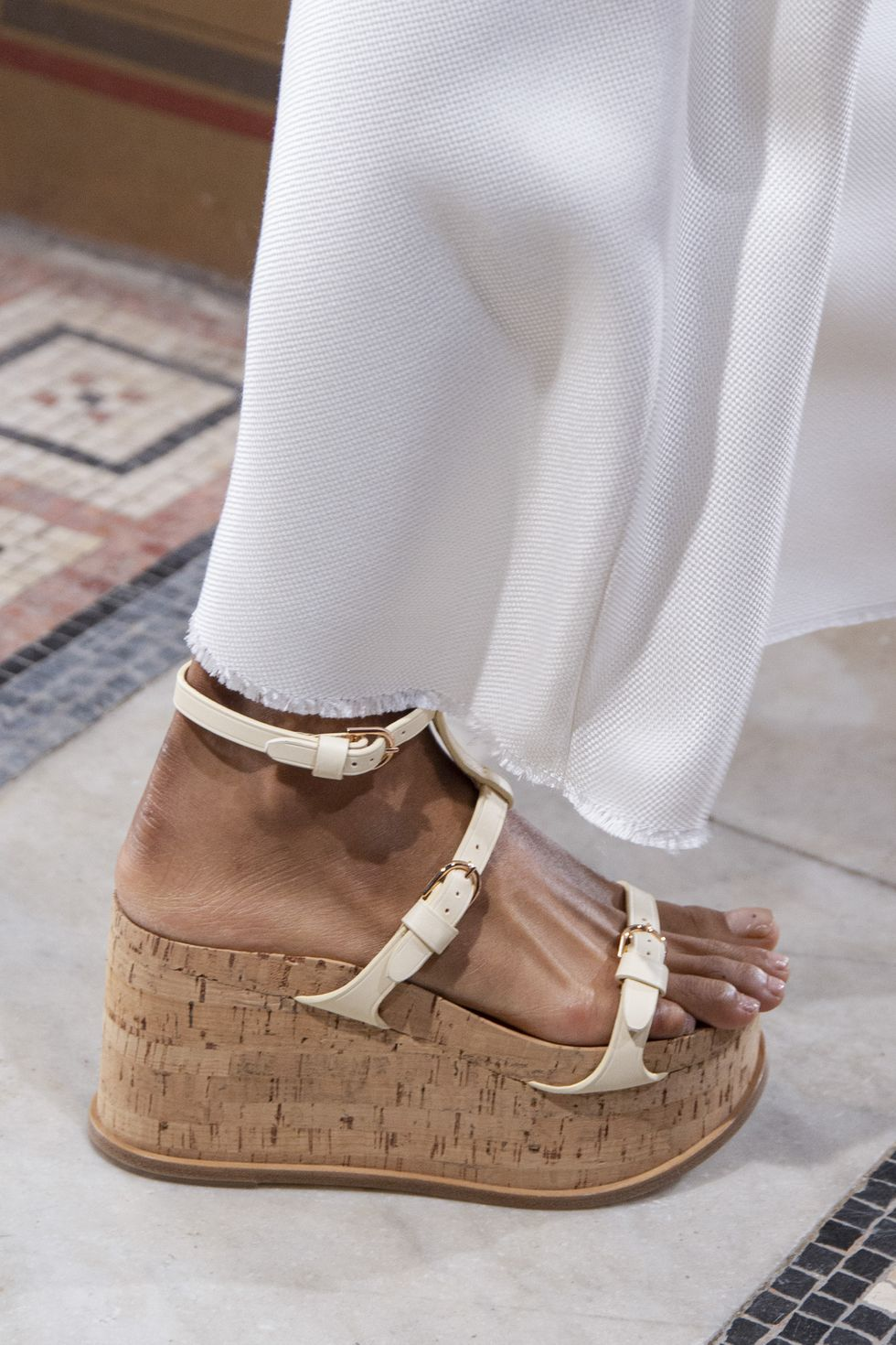Sky-high-flatforms. 60+ Hottest Shoe Fashion Trends in 2021