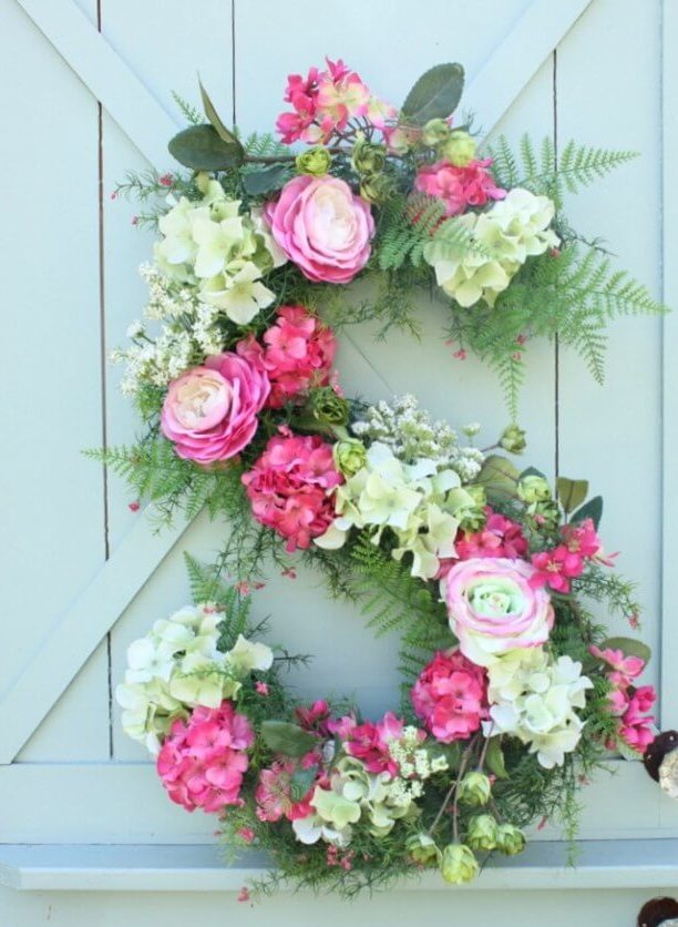 Special-romantic-flowers-2 70+ Hottest Marriage Anniversary Decoration Ideas at Home