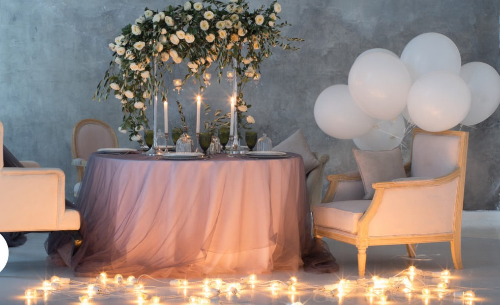 Special-romantic-flowers..-2 70+ Hottest Marriage Anniversary Decoration Ideas at Home
