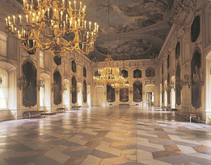 The-Hofburg-innsbruck-2-675x527 Top 10 Unforgettable Innsbruck Attractions to Visit in Summer