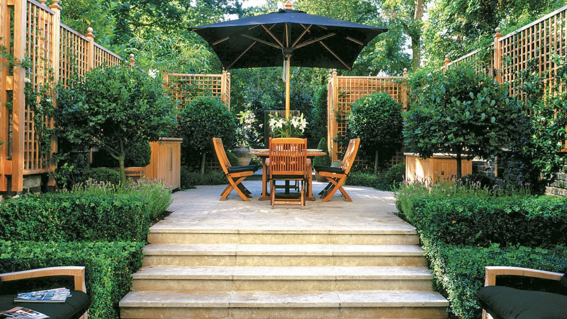 different-levels-in-gardens-2 100+ Surprising Garden Design Ideas You Should Not Miss in 2021