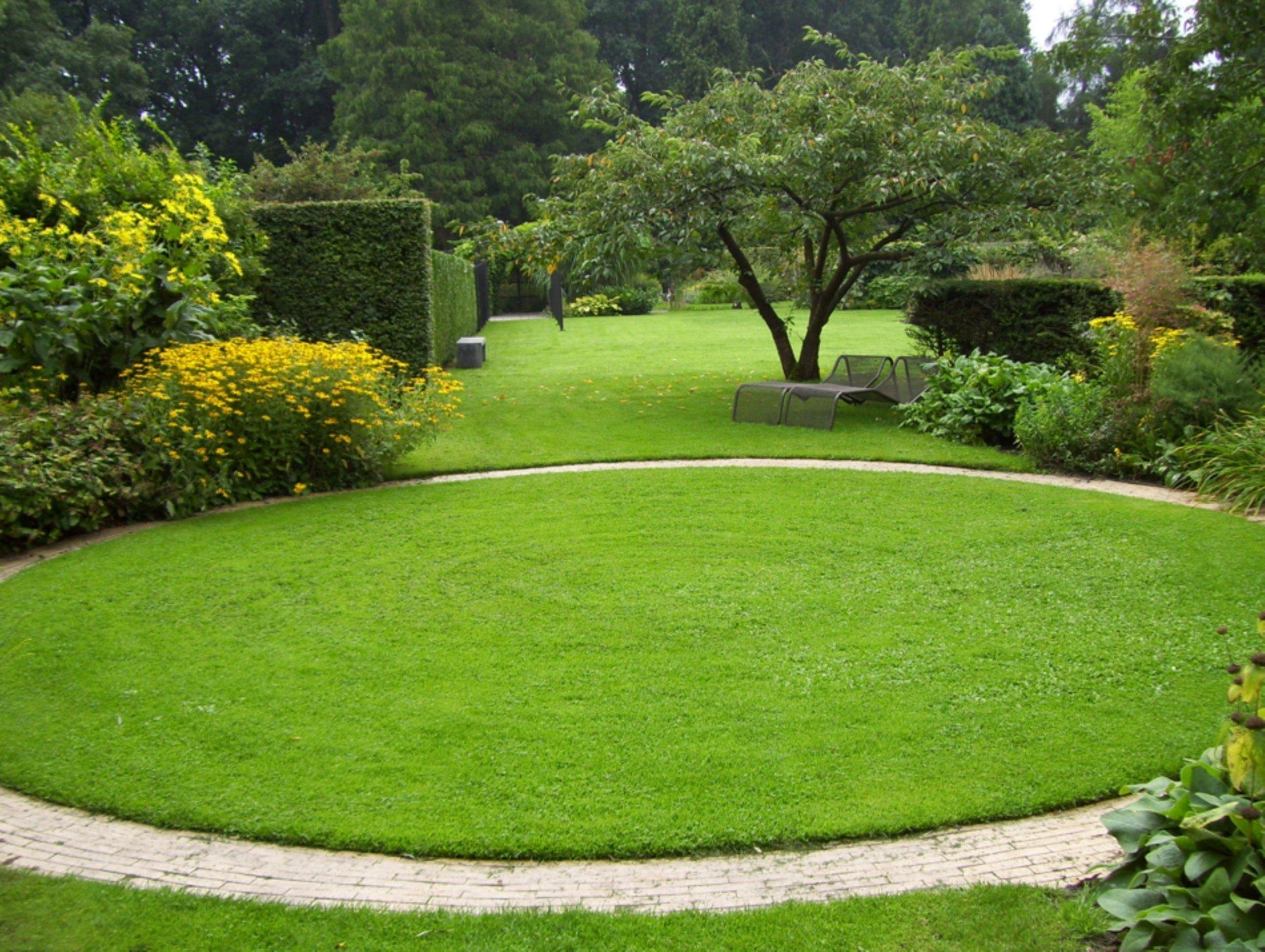 lawn-shape 100+ Surprising Garden Design Ideas You Should Not Miss in 2021