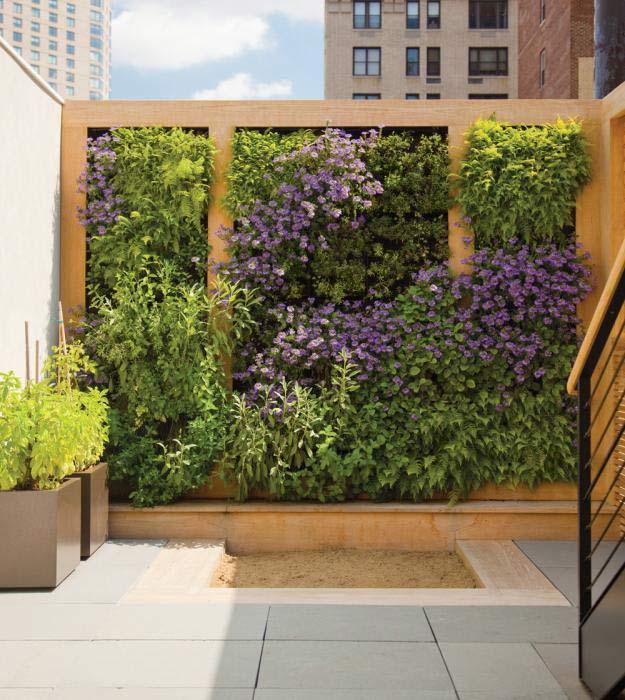 living-walls-in-garden-1 100+ Surprising Garden Design Ideas You Should Not Miss in 2021