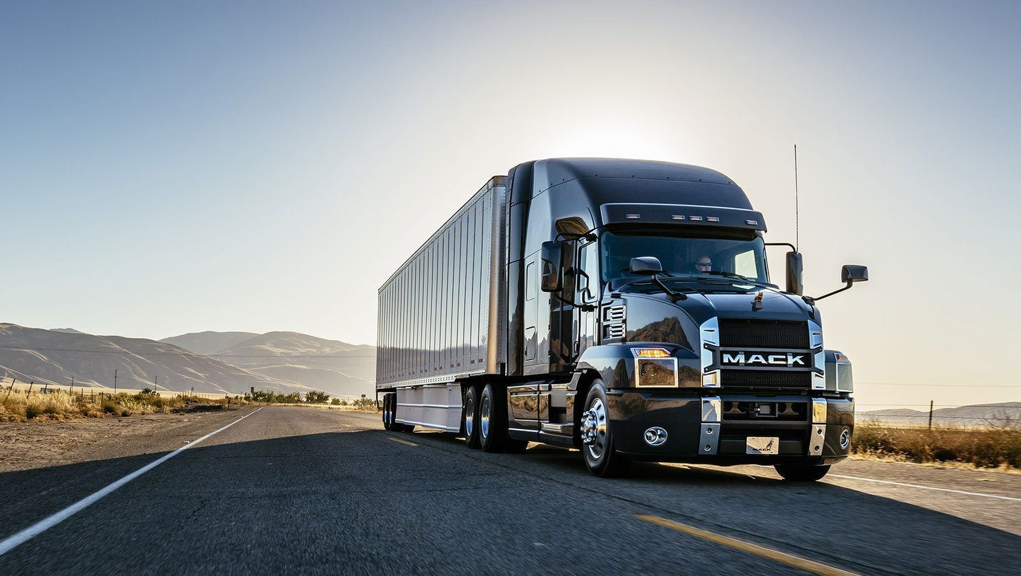 mack-truck Top 15 Rated Long-Distance Moving Companies in the USA