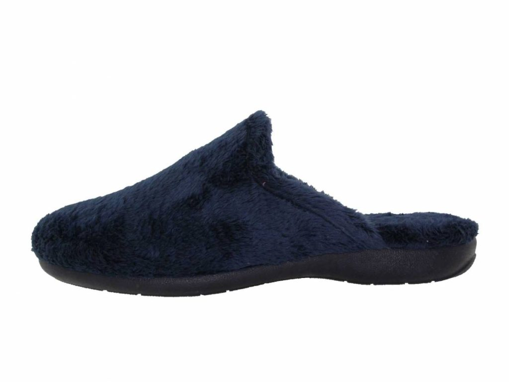 slipper-1024x768 60+ Hottest Shoe Fashion Trends in 2021