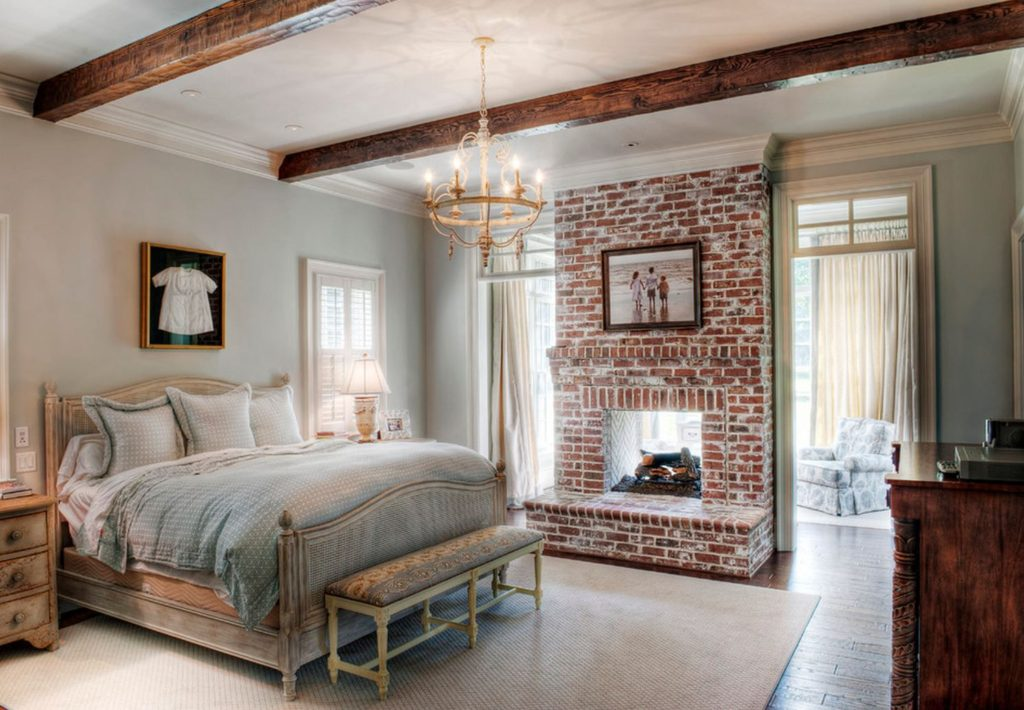 traditional-bedroom-1024x710 70+ Outdated Decorating Trends and Ideas Coming Back in 2021