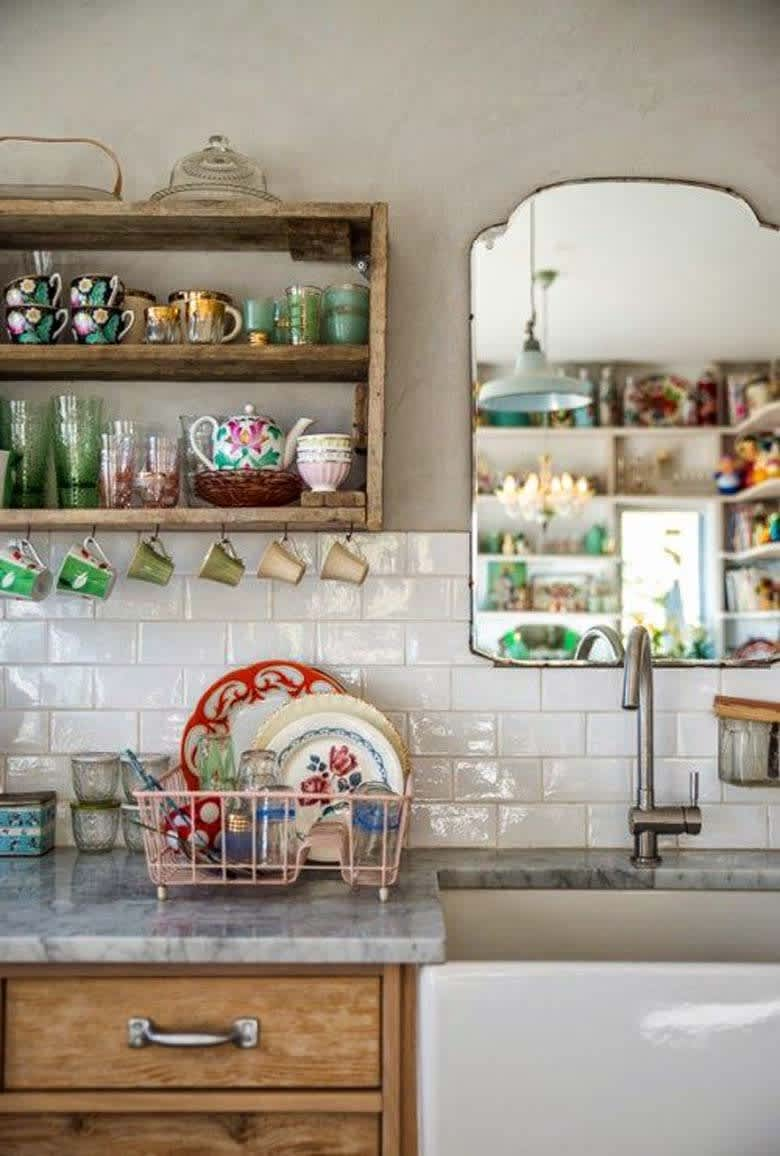 Mirrors-in-kitchens-1 80+ Unusual Kitchen Design Ideas for Small Spaces in 2021