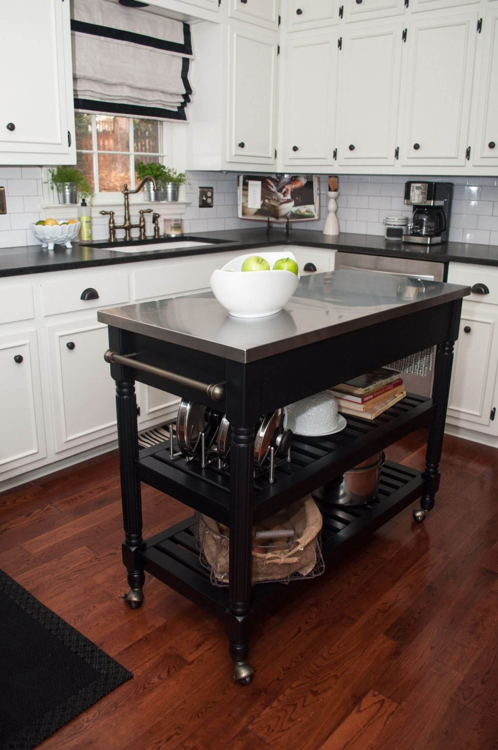 Movable-counter-2-1024x1541 80+ Unusual Kitchen Design Ideas for Small Spaces in 2021