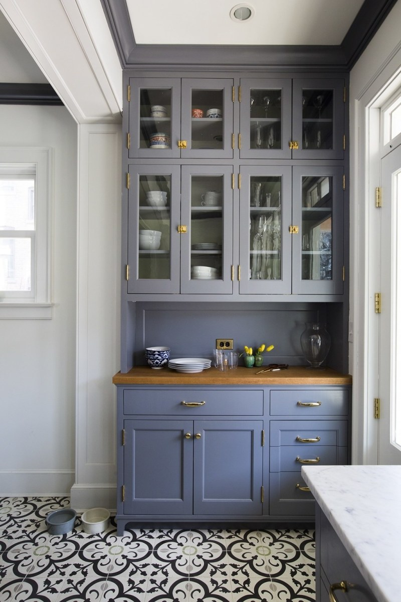 ceiling-height-cabinets. 80+ Unusual Kitchen Design Ideas for Small Spaces in 2021