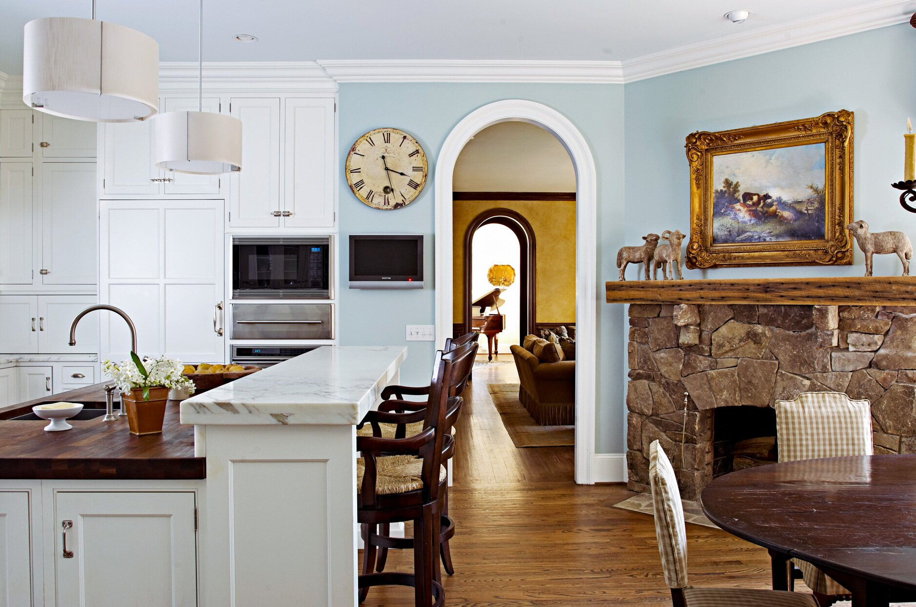 color-flow. 80+ Unusual Kitchen Design Ideas for Small Spaces in 2021