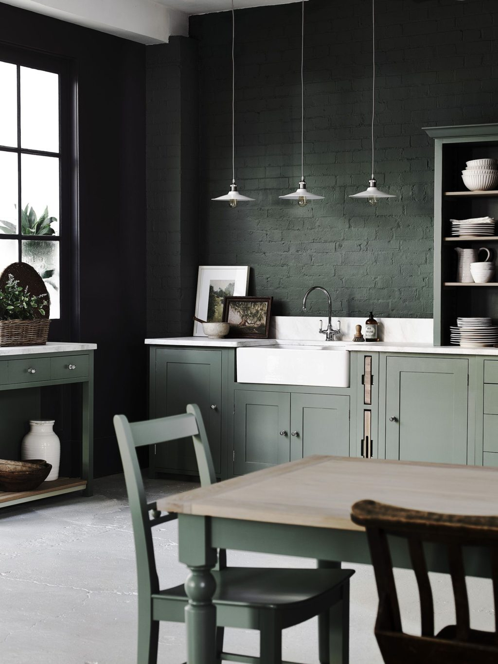 dark-paints.-1024x1366 80+ Unusual Kitchen Design Ideas for Small Spaces in 2021
