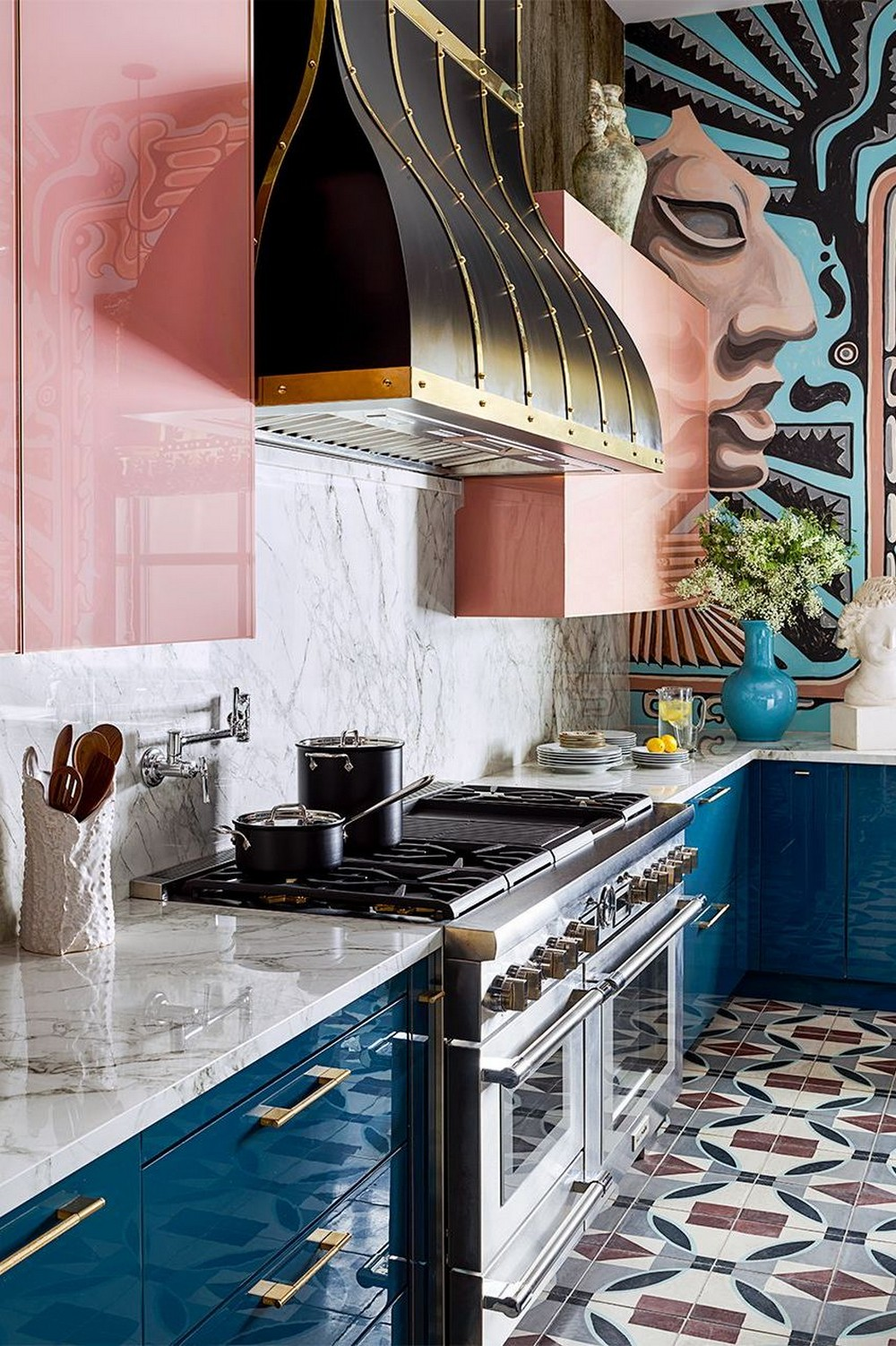 glossy-colors-in-kitchen... 80+ Unusual Kitchen Design Ideas for Small Spaces in 2021