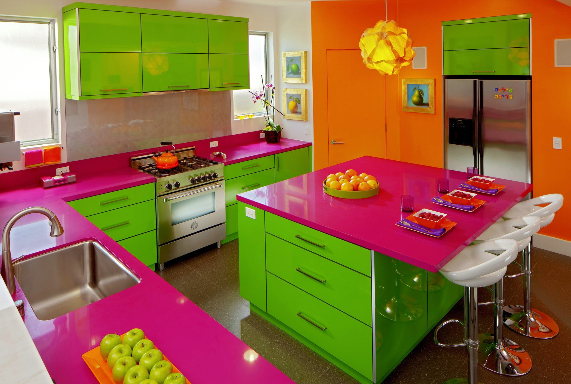 glossy-colors-in-kitchen. 80+ Unusual Kitchen Design Ideas for Small Spaces in 2021