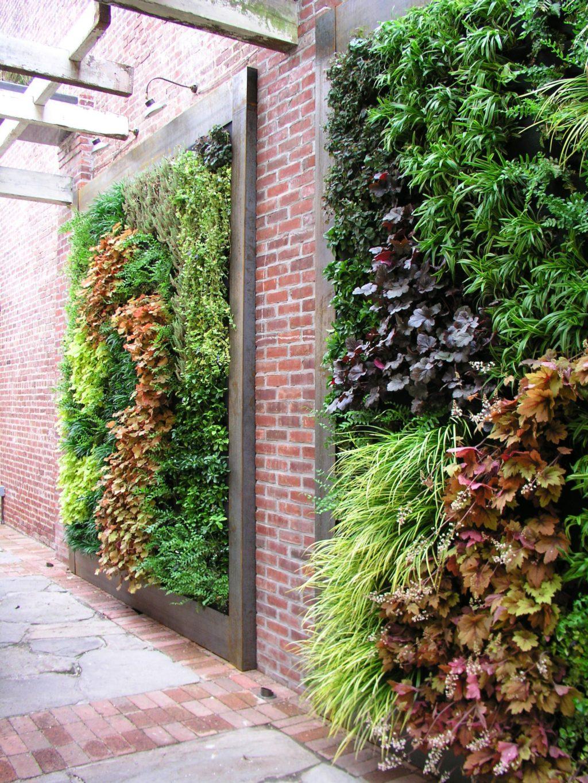 living-walls-in-garden-1024x1365 100+ Surprising Garden Design Ideas You Should Not Miss in 2021