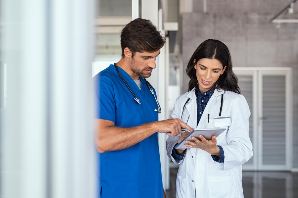 nursing-practioner-and-doctor What Are the Best Career Paths for Nurses?
