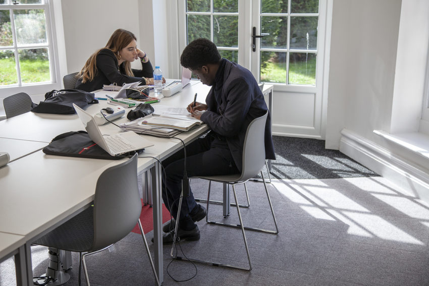student-study. 10 Tips to Design the Study Space Perfectly