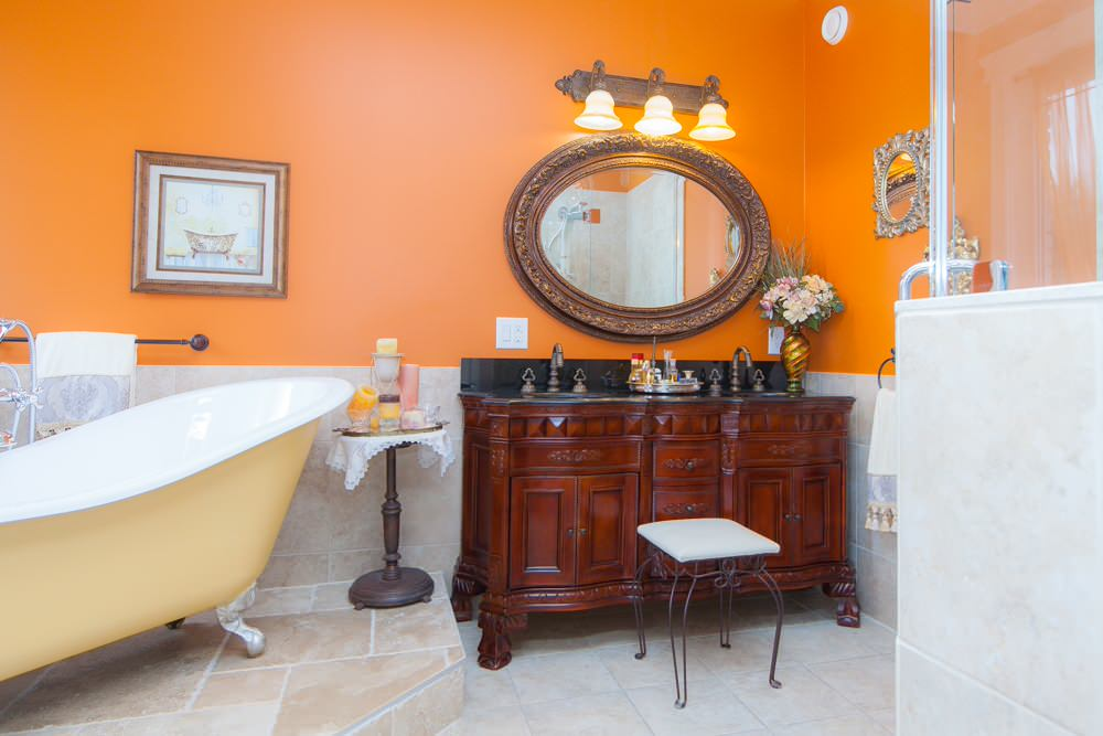 Accent-Walls.-4 Best +60 Ideas to Enhance Your Bathroom's Luxuriousness