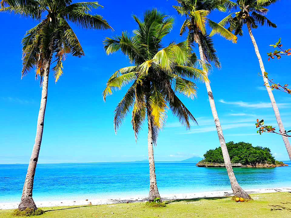 Carnaza-island-Daanbantayan Things I Didn't Know about Cebu