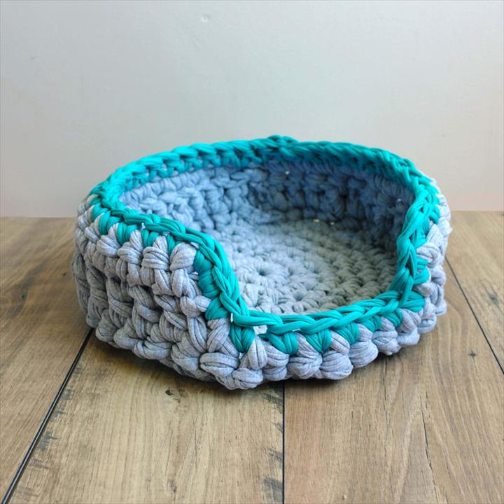 Crochet-Pillow.. +80 Adorable Dog Bed Designs That Will Surprise You