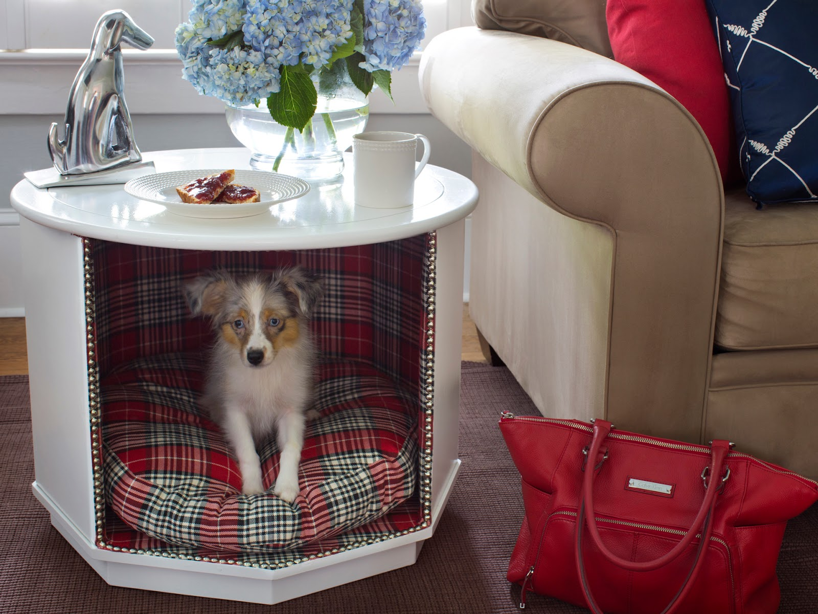 Old-corner-table.-1 +80 Adorable Dog Bed Designs That Will Surprise You