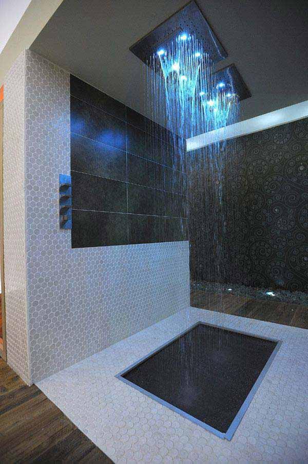 Rain-shower-and-tub-2 Best +60 Ideas to Enhance Your Bathroom's Luxuriousness