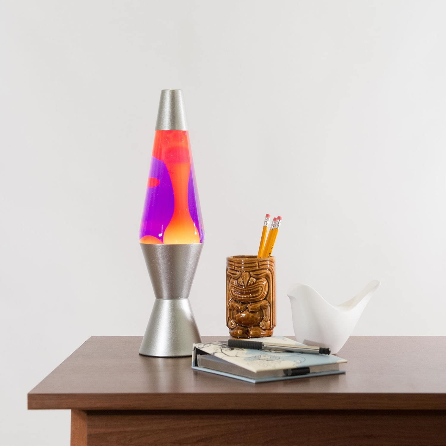 Sliver-base-lava-lamp 10 Unique Lava Lamps Ideas and Complete Guide Before Buying