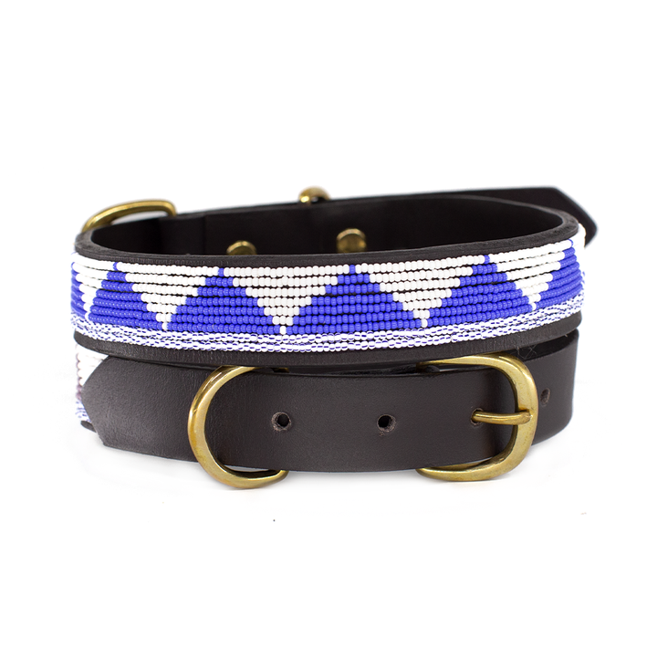 Triangular-dog-collar 10 Unique Luxury Gifts for Dogs That Amaze Everyone