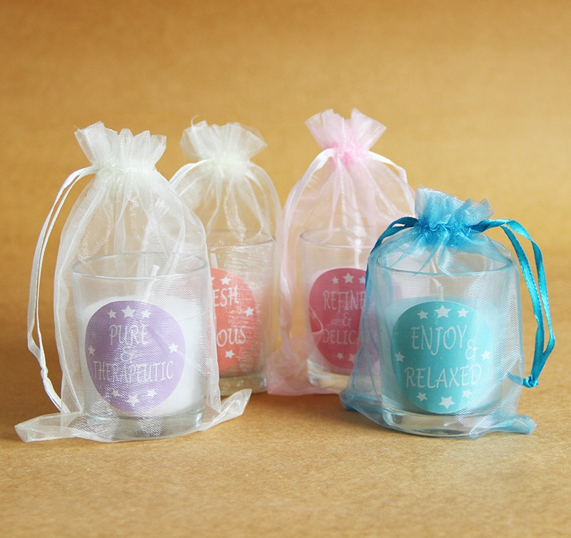 easter-candle-gifts 4 Things You Can Gift for Easter