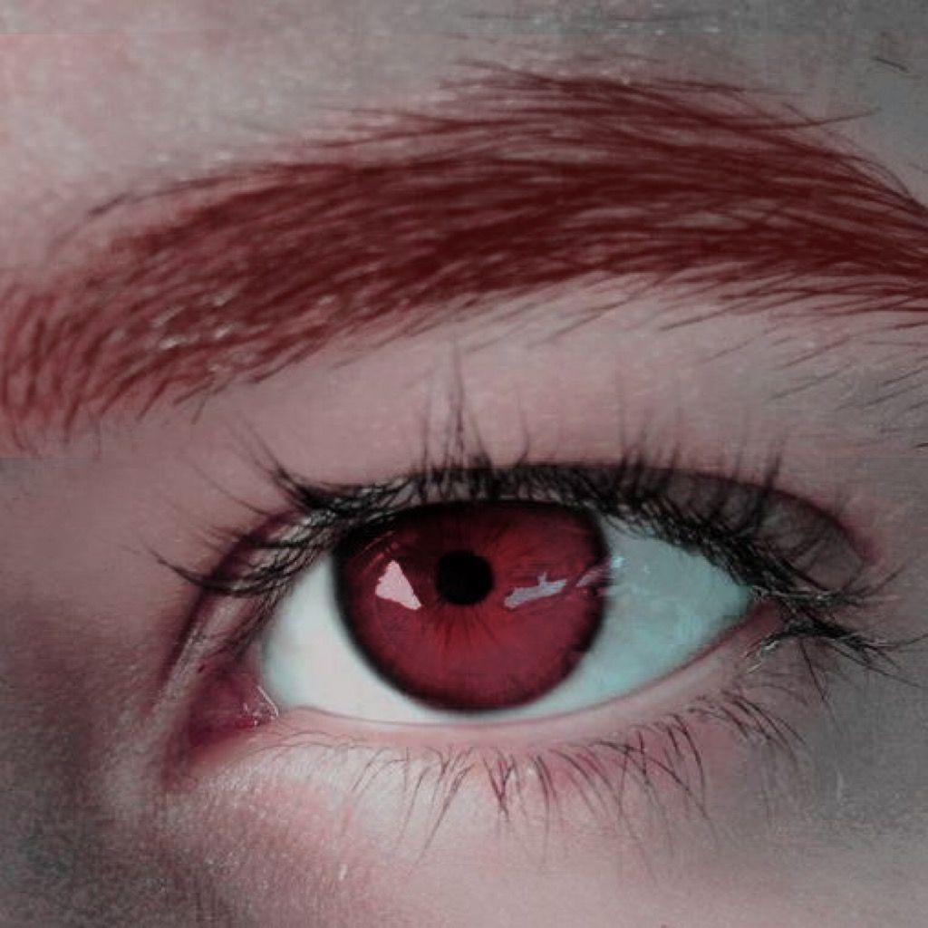 red-eye 7 Rarest and Unusual Eye Colors That Looks Unreal