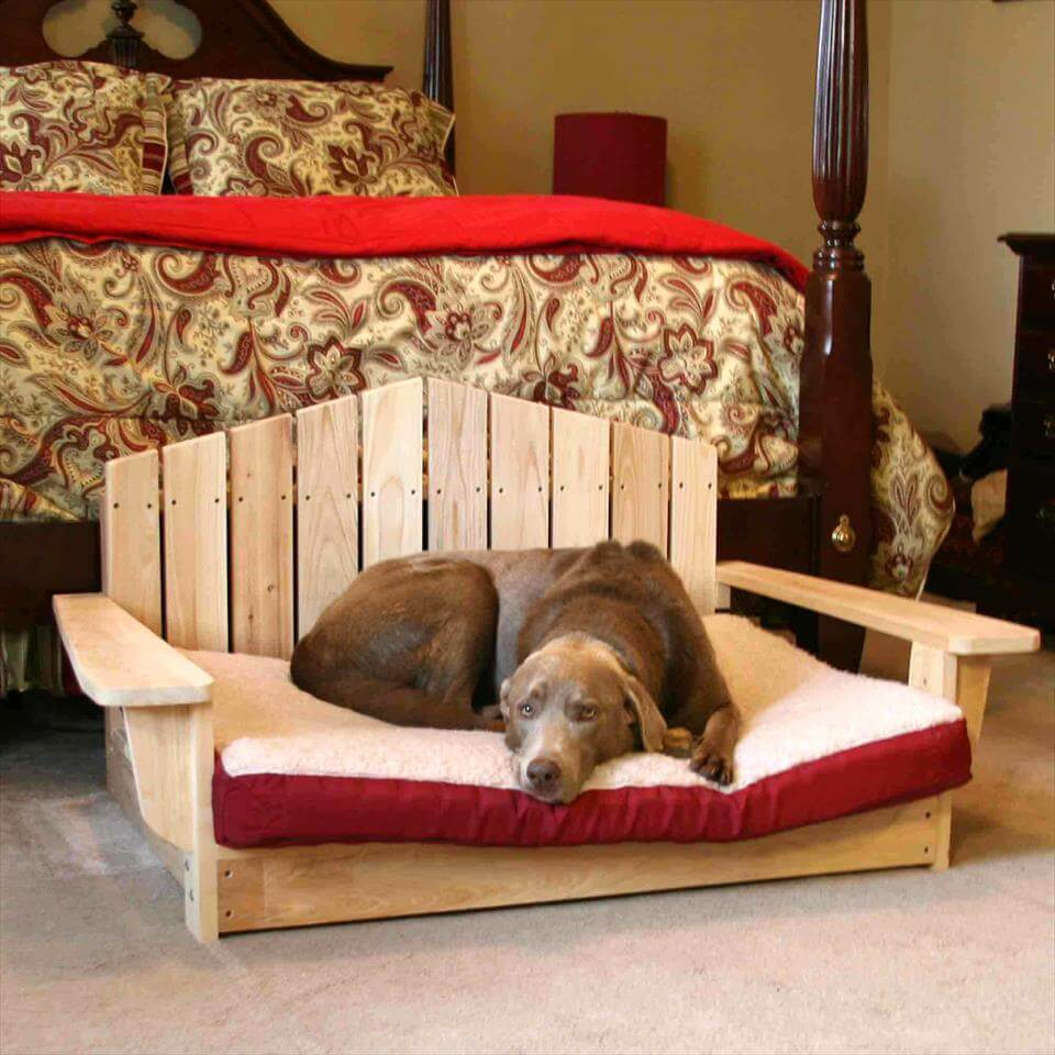 wooden-pallet +80 Adorable Dog Bed Designs That Will Surprise You
