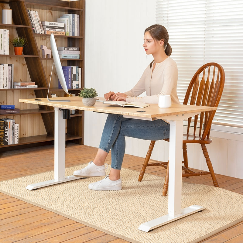 Electric-Standing-Desk Electric Standing Desks: Which Type Is the Right One for Your Home Office?