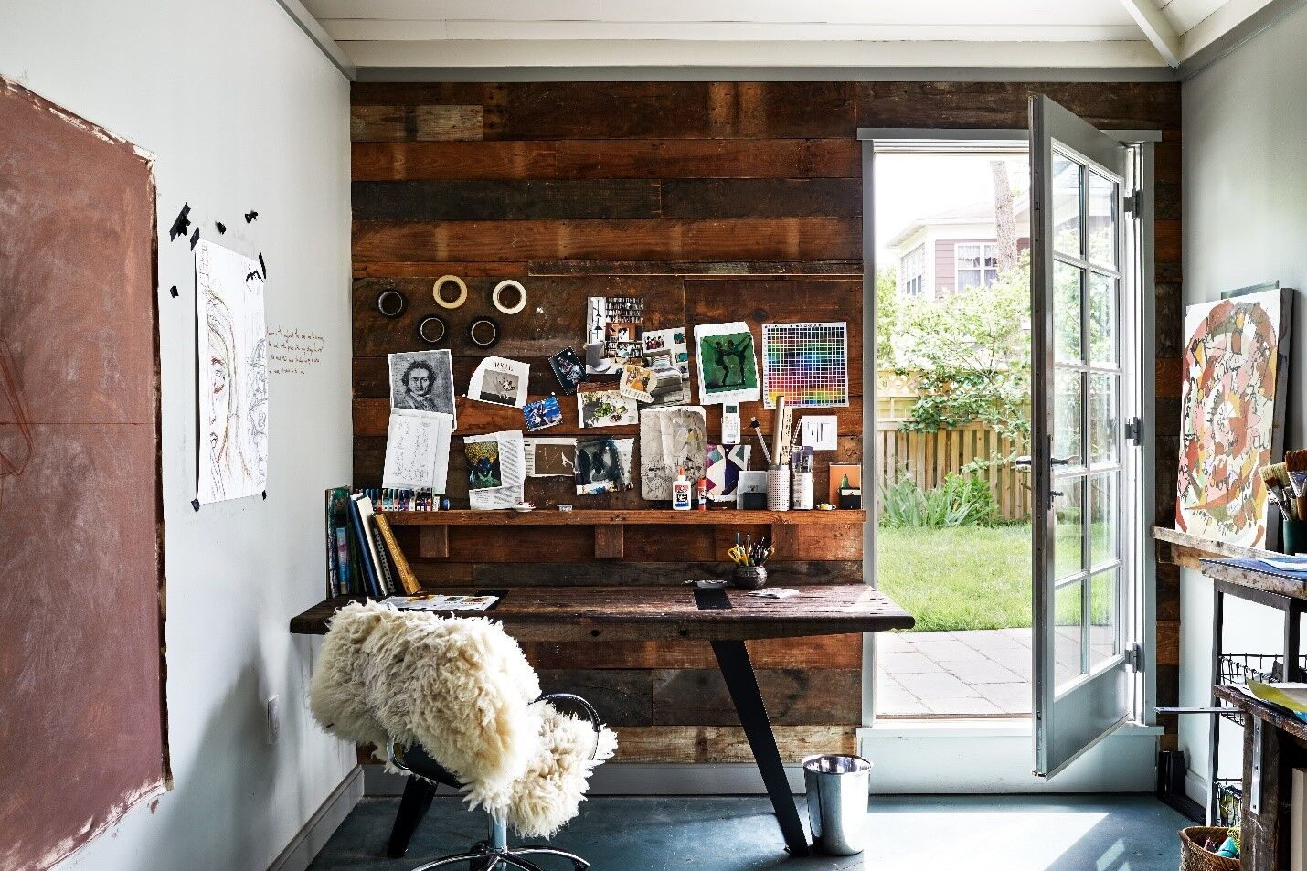 garage-office Electric Standing Desks: Which Type Is the Right One for Your Home Office?