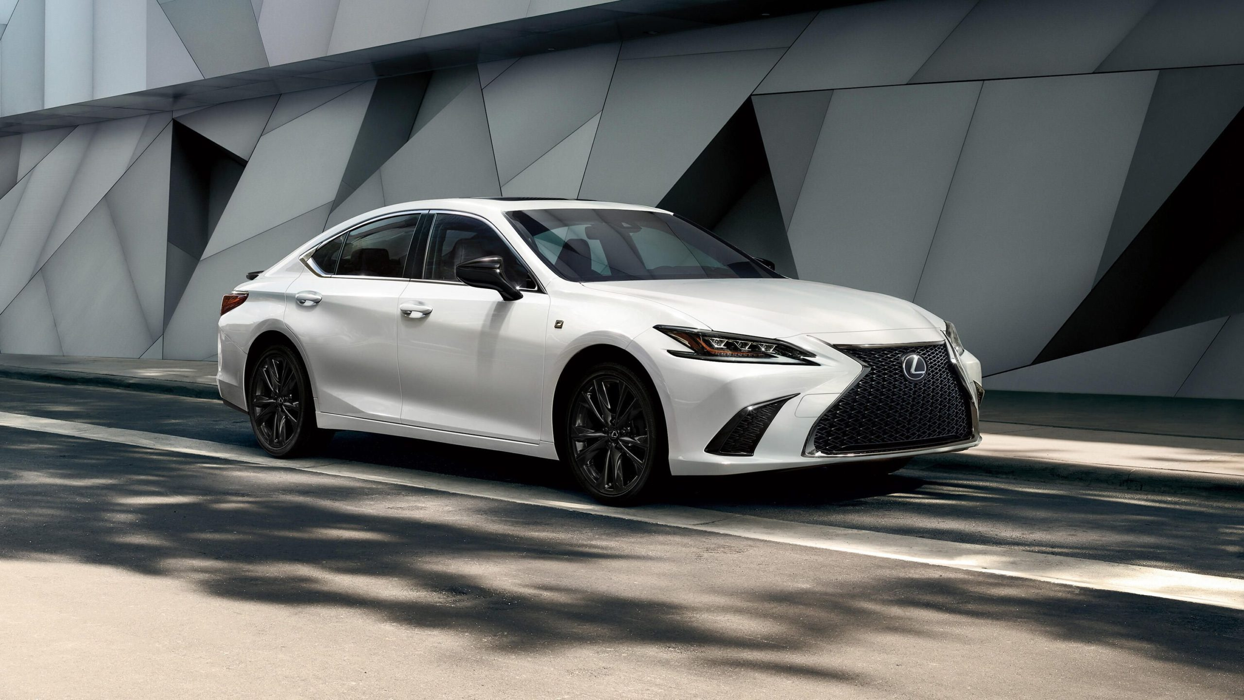 2021-Lexus-ES-AWD-scaled Why All-Wheel Drive is Often a Better Choice Than Four-Wheel Drive