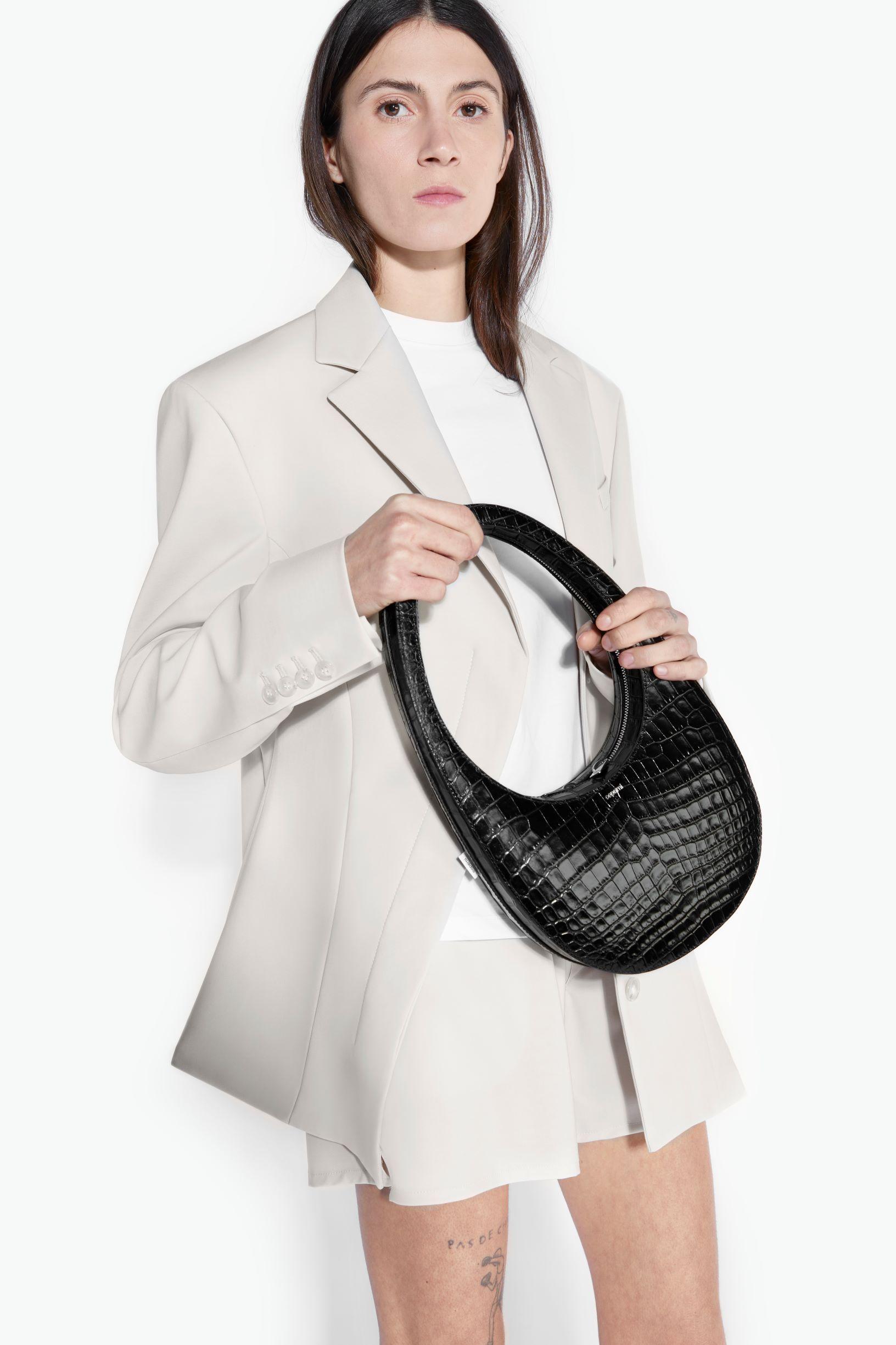 Coperni-Swipe-handbag Top 10 Latest Bag Trends Expected to Boom in 2021/2022