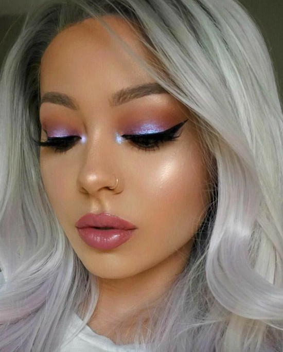 2021-08-16_053237 10 Essential Steps to Become a Professional Makeup Artist this Year