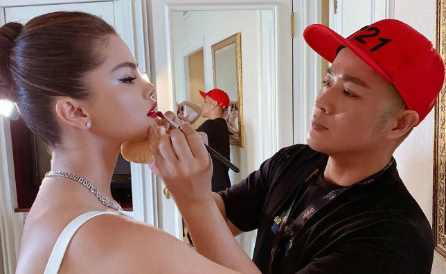 2021-08-17_003308 Top 7 Most Famous Makeup Artists Worldwide That You Should Follow