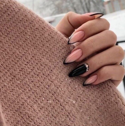 2021-08-23_020500 +45 Glamorous Gel Nail Designs for all Skin Tones