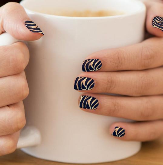 2021-08-23_024454 +45 Glamorous Gel Nail Designs for all Skin Tones